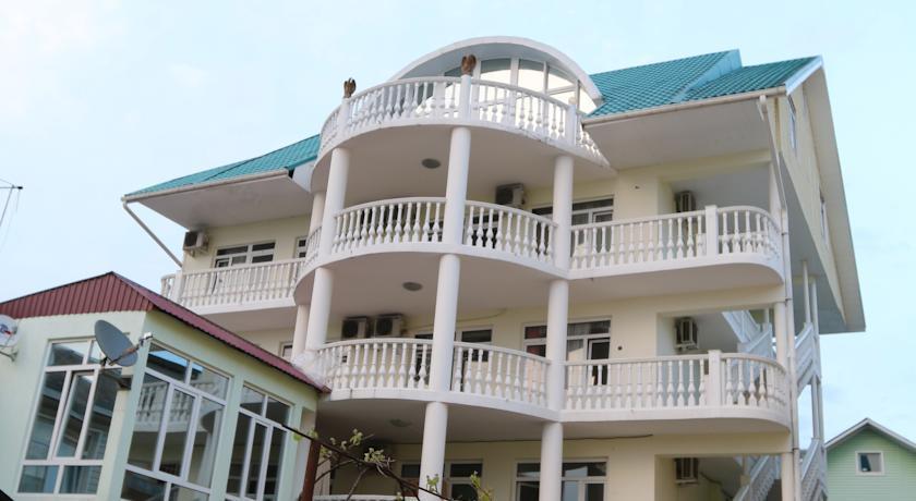 Отель Алена