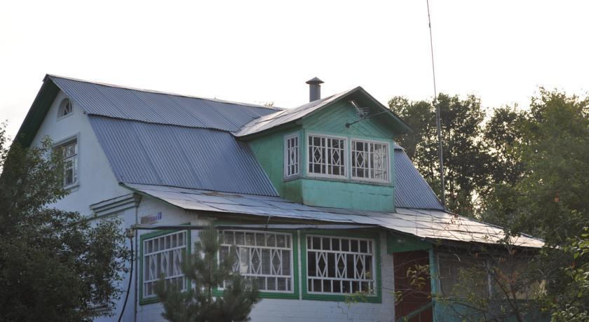 Guest House Kaskad Yakhroma