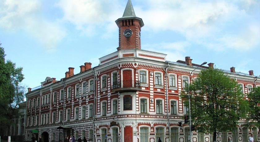 Apartment at Goncharova Street