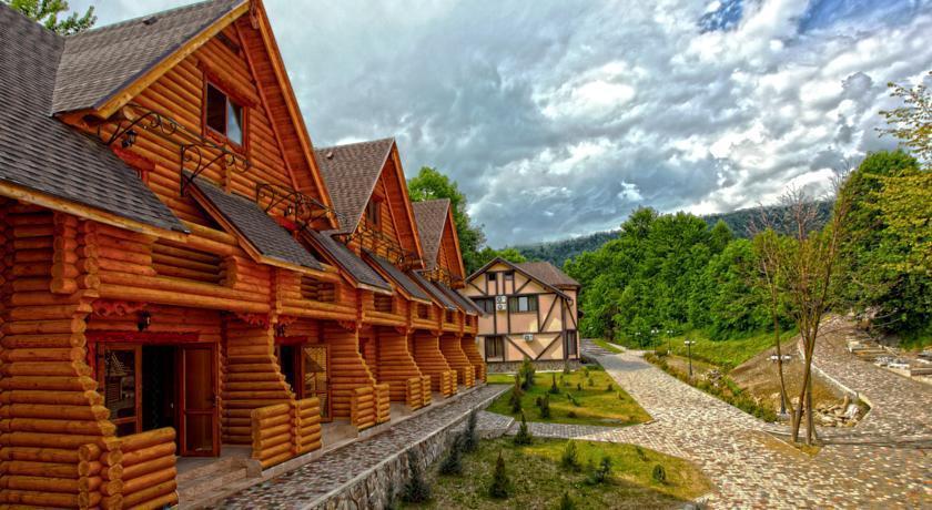 Recreation Complex Uzhanski Kupeli