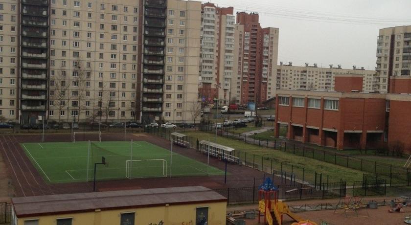 Leo Apartments on Rybatsky