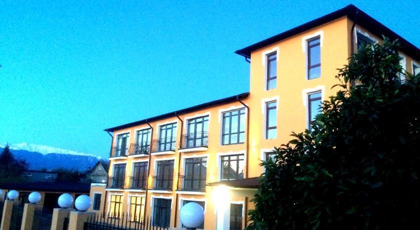 Отель Папа