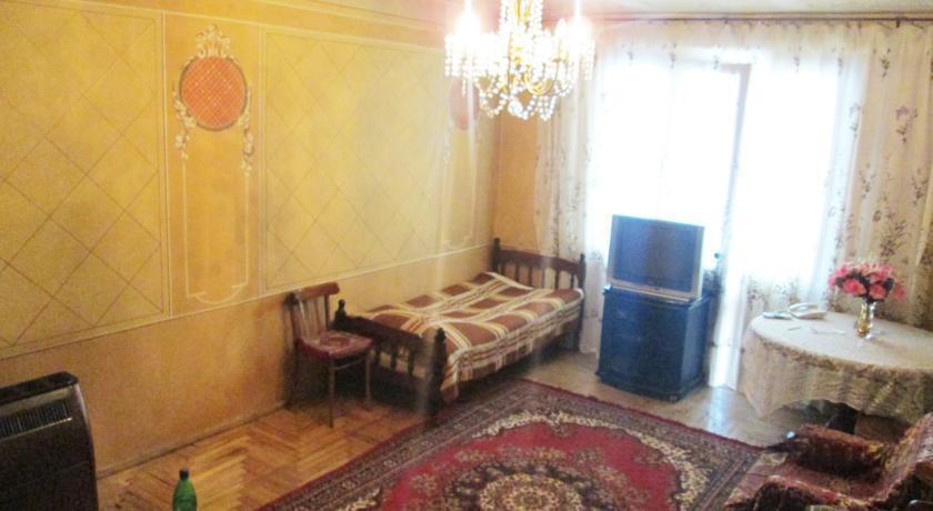 Apartment Vardashen Home