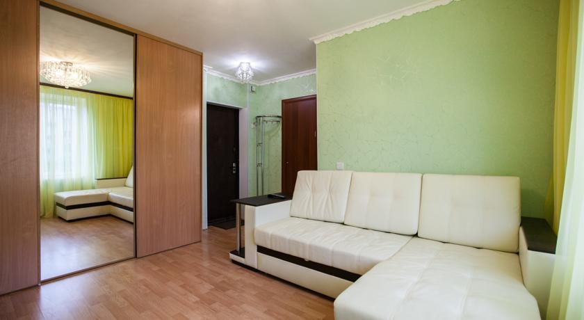 Brusnika Apartment on Eniseyskaya