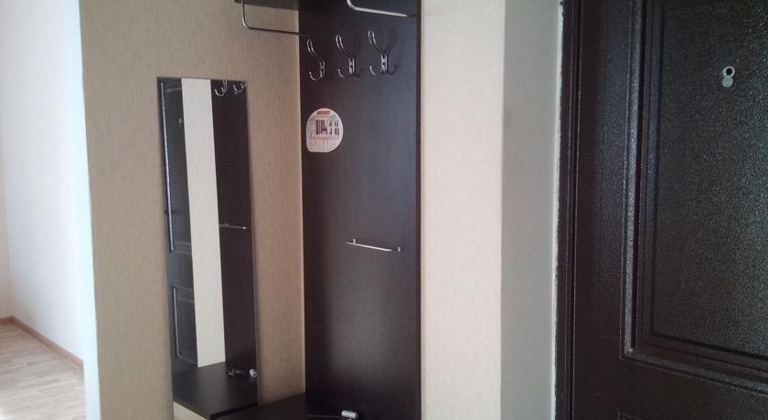 Apartment On 5 Proseka 110v