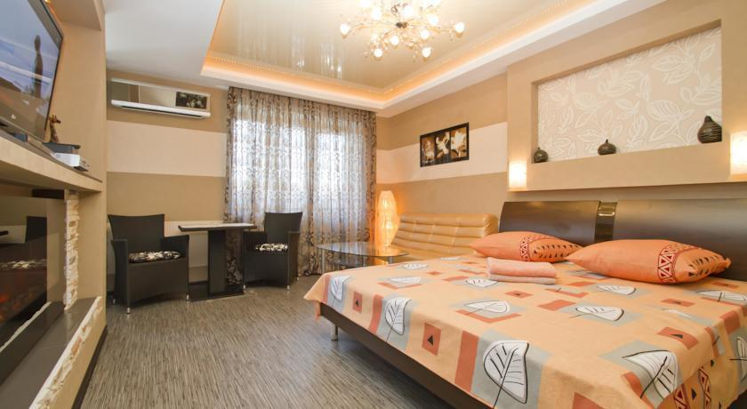 Luxrent Apartments on Lesi Ukrainki - Kiev
