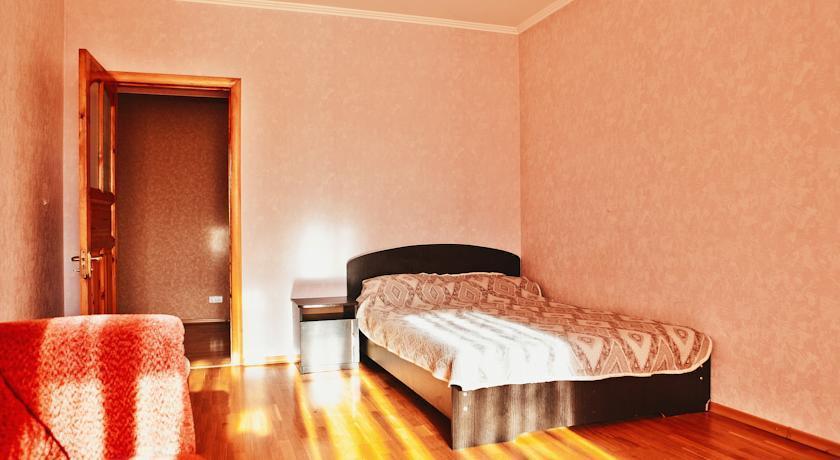Home Hotel na Noyabrskoy