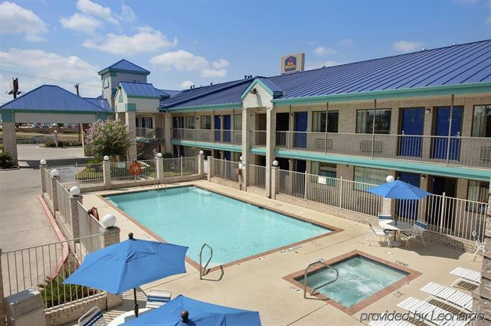 Best Western Garden Inn San Antonio Compare Deals