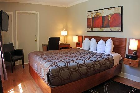 Le Grande Allee-Hotel and Suites Quebec City