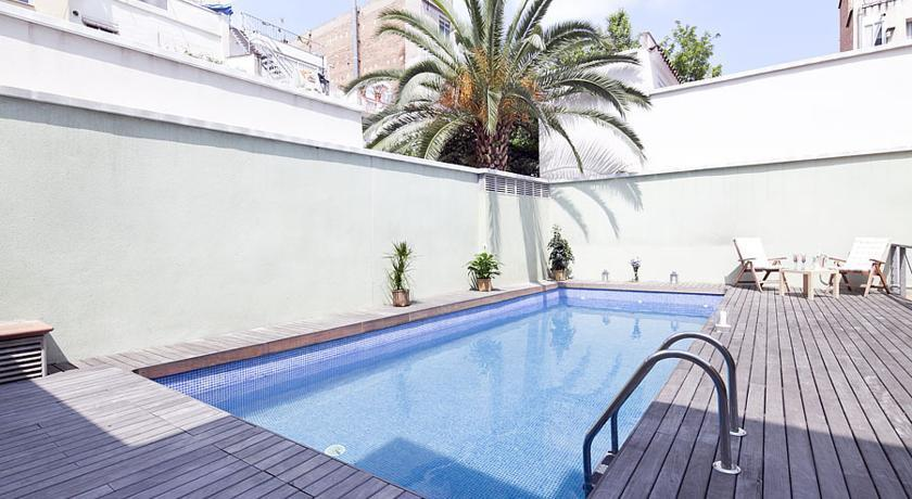 My Space Barcelona Pool Garden Apartments Compare Deals