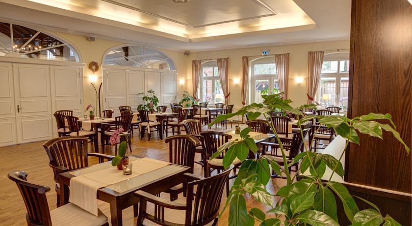 Hotel Restaurant Am Rathaus Schonberg Holstein Schonberg