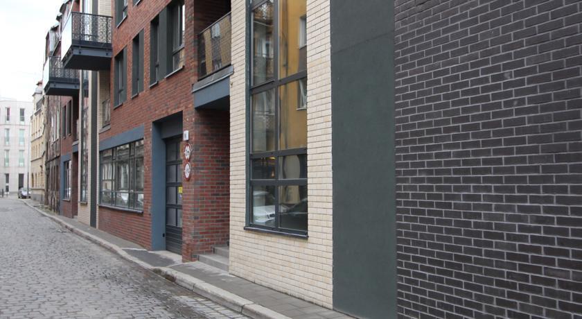 Apartamenty Wroc Golden House Wroclaw Compare Deals