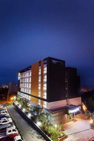 Youus Hotel