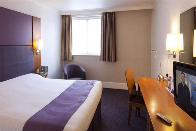 Manchester Airport Heald Green Hotel