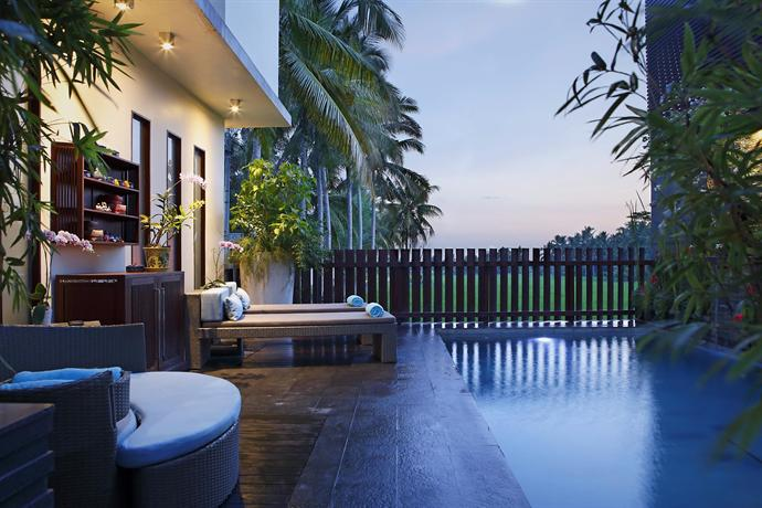 luxe villas bali ubud compare deals. Black Bedroom Furniture Sets. Home Design Ideas