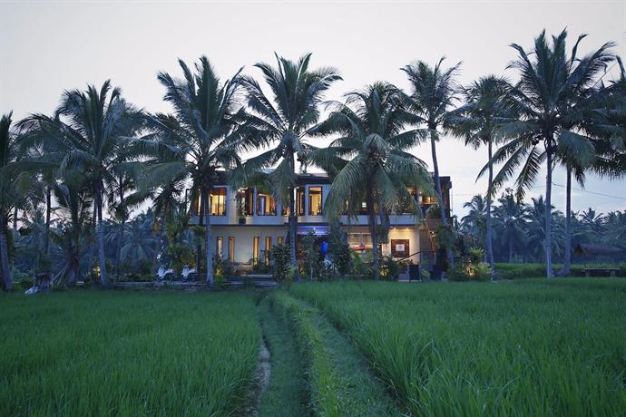 luxe villas bali ubud compare deals. Black Bedroom Furniture Sets. Home Design Ideas