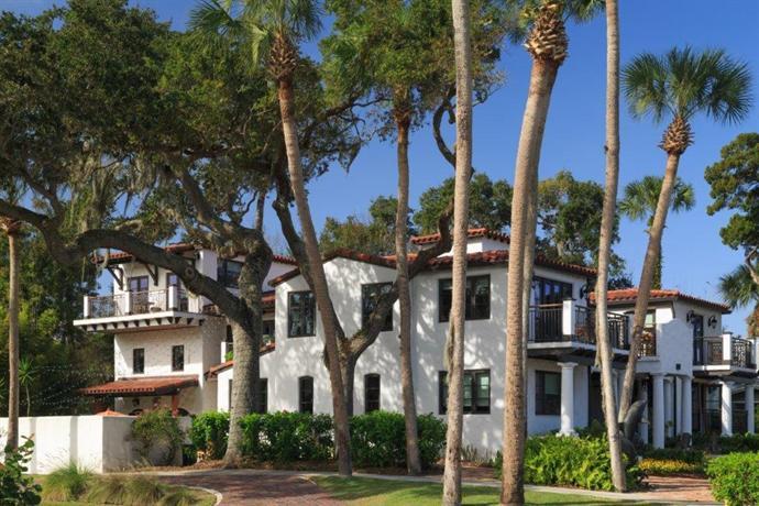 New Smyrna Beach Dolphin Hotel
