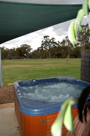 Goolwa Spa & River Retreat