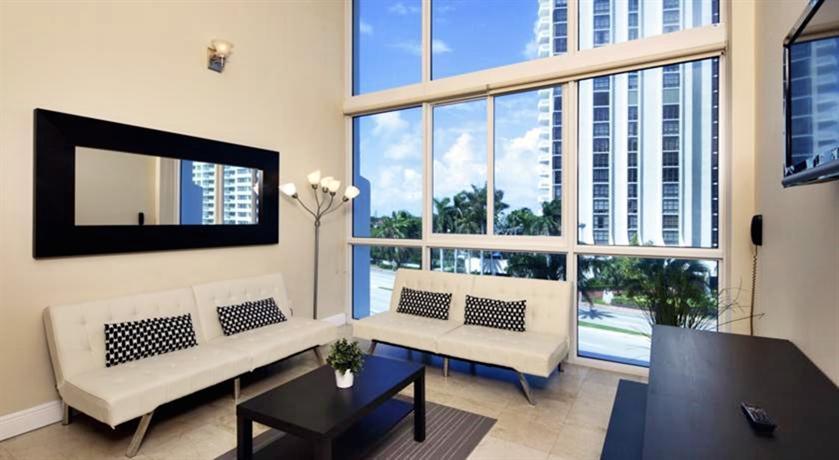new point miami beach apartments compare deals. Black Bedroom Furniture Sets. Home Design Ideas