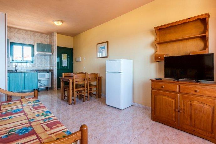Apartamentos cabo de ba os ciudadela de menorca - Cabo de banos ...