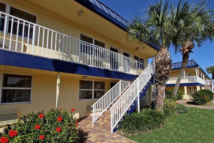 Best Western Cocoa Beach Courtyard Rooms