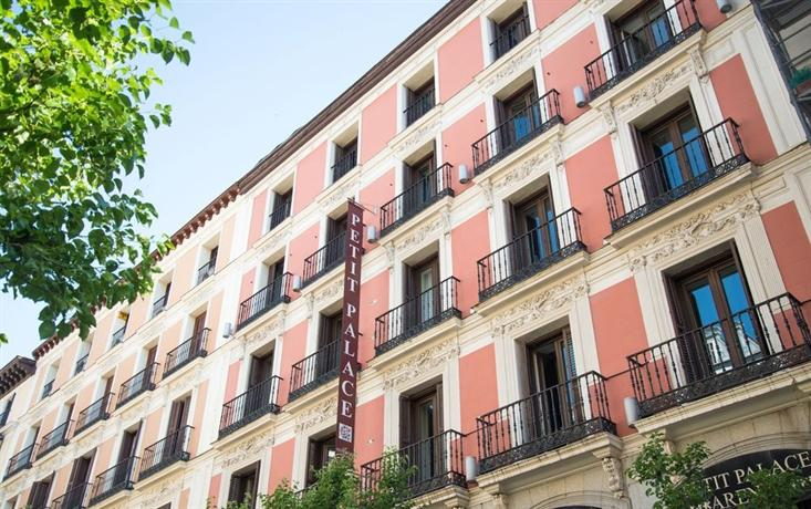Petit palace arenal sol madrid compare deals for Hotel arenal madrid