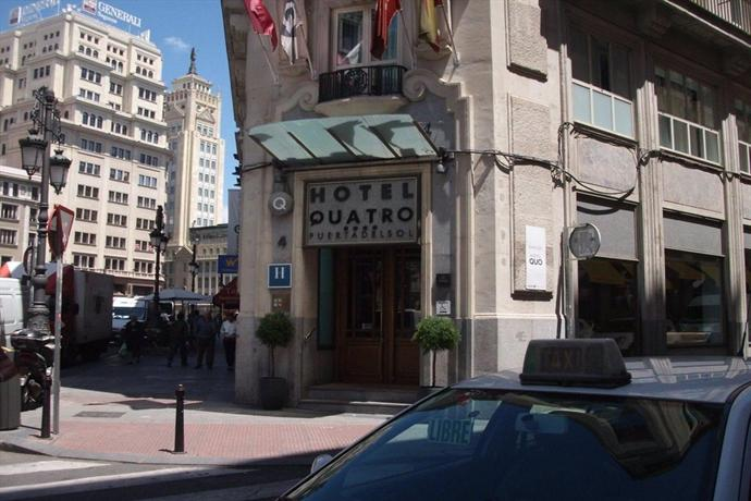 Hotel quatro puerta del sol madrid compare deals for Hotel paris en madrid puerta del sol