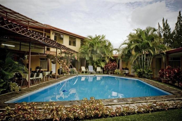 Puerta del sol hotel heredia compare deals for Posada puerta del sol