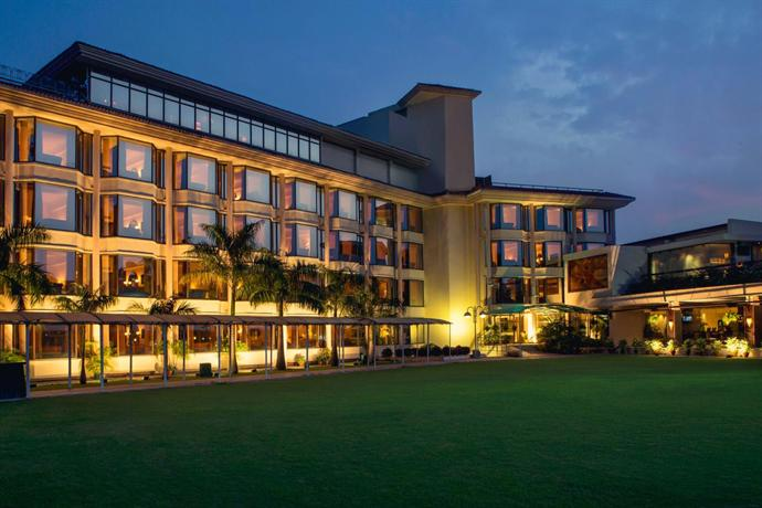 Hotel mount view chandigarh compare deals - Chandigarh hotel with swimming pool ...