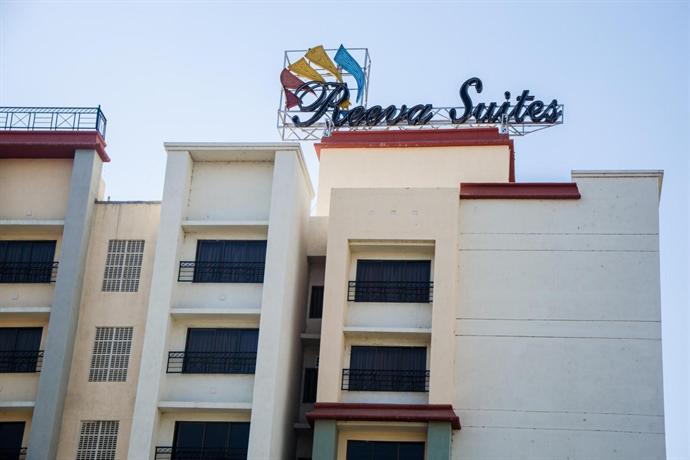 Reeva Suites