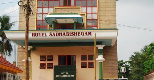 Hotel Sadhabishegam Tharangambadi