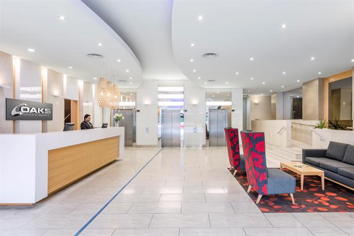 oaks embassy apartment hotel adelaide compare deals. Black Bedroom Furniture Sets. Home Design Ideas