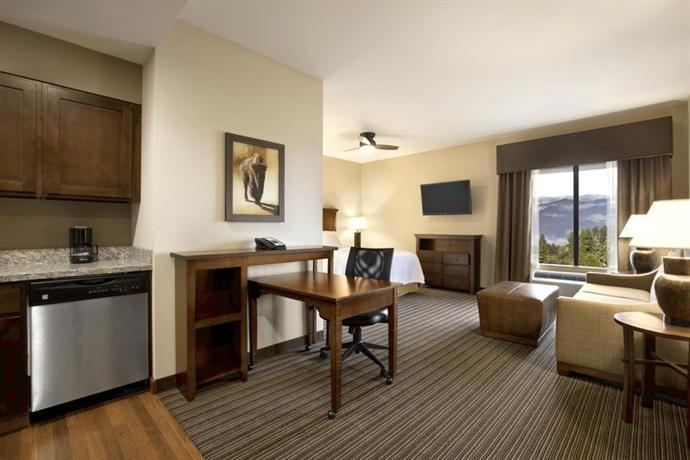 Homewood Suites by Hilton