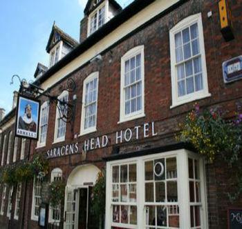 The Saracens Head Hotel Highworth