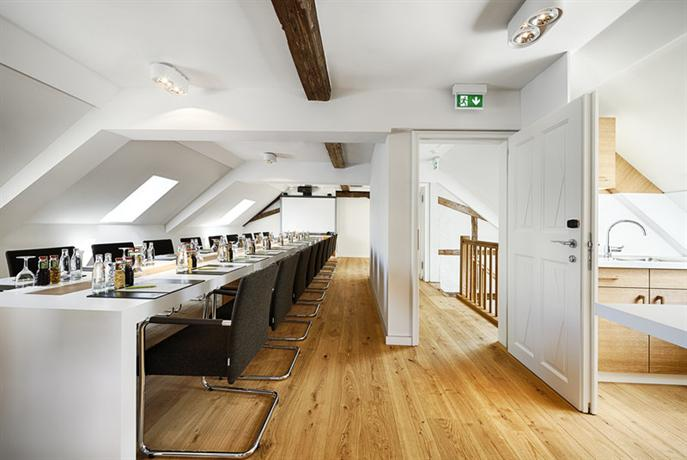 kaisergarten hotel and spa deidesheim vergelijk aanbiedingen. Black Bedroom Furniture Sets. Home Design Ideas