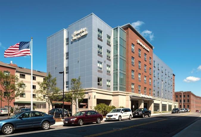 Hampton Inn & Suites-Worcester MA