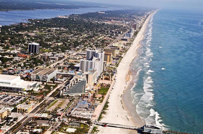 About Hilton Daytona Beach Resort