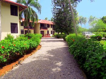 El Pelicano Apart-Hotel