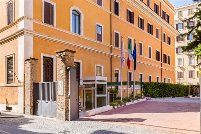 Domus Carmelitana Hotel Rome Italy
