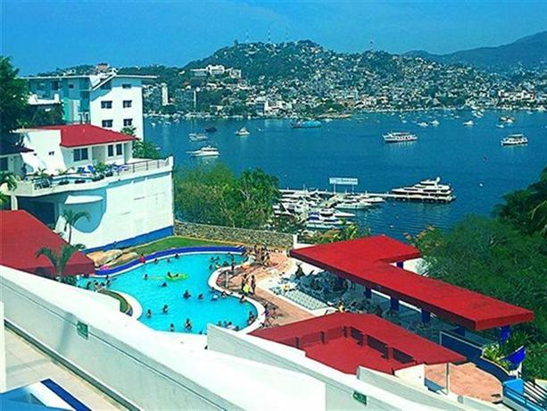 Hotel aristos acapulco compare deals for Hotel agrustos
