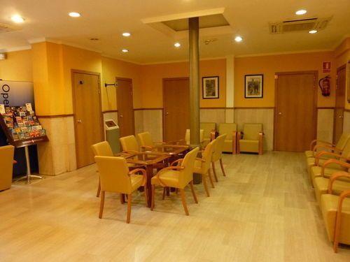 Roma reial hotel barcellona offerte in corso for Offerte hotel barcellona