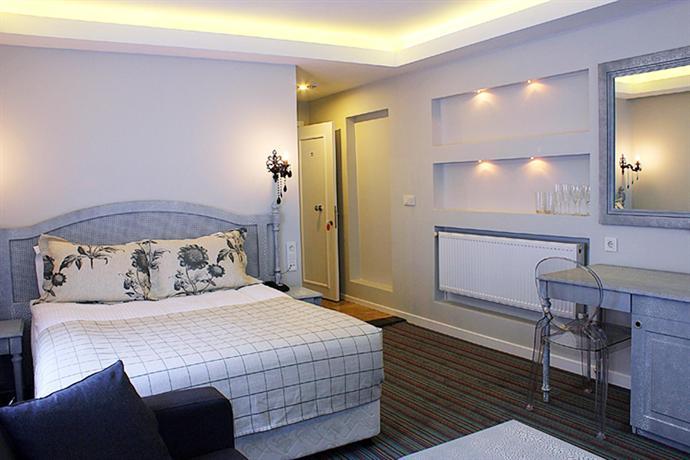 Santa lucia hotel istanbul compare deals for Taksim santa lucia hotel