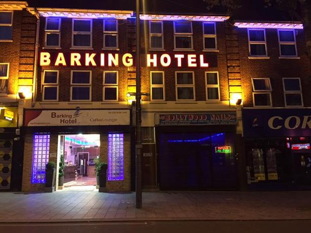 Barking Hotel Station Parade
