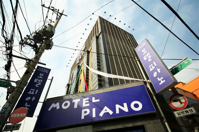 Piano Hotel Suyu