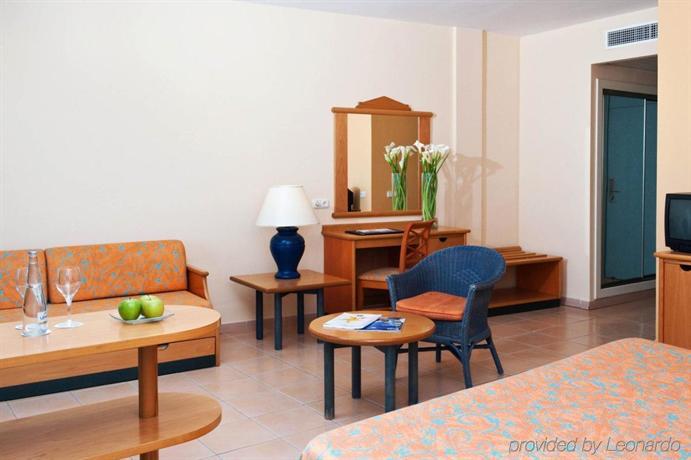 Iberostar Fuerteventura Palace Family Room