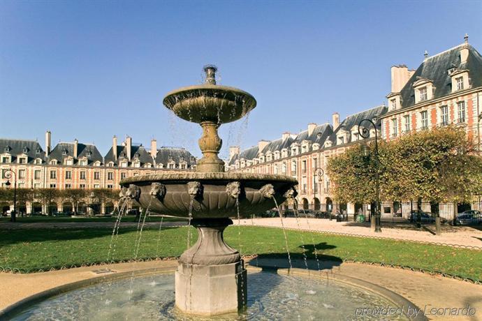 hotel les jardins du marais paris compare deals. Black Bedroom Furniture Sets. Home Design Ideas