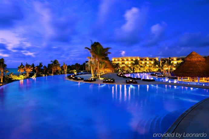 Secrets Maroma Beach Riviera Cancun S Only All Inclusive Playa Paraiso Compare Deals