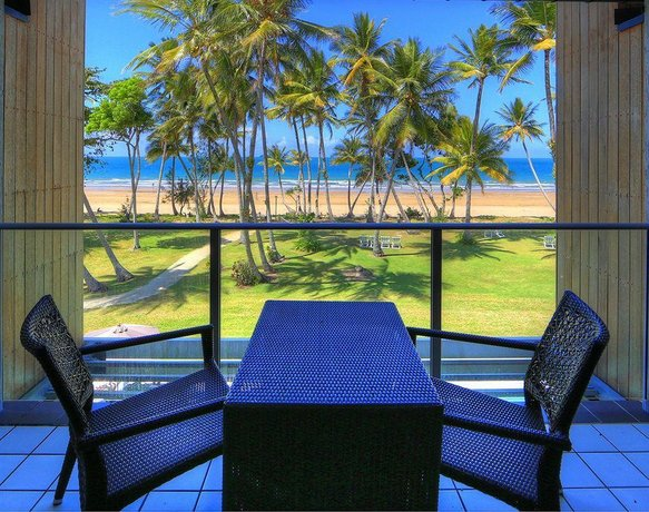 Castaways Resort & Spa On Mission Beach - Compare Deals