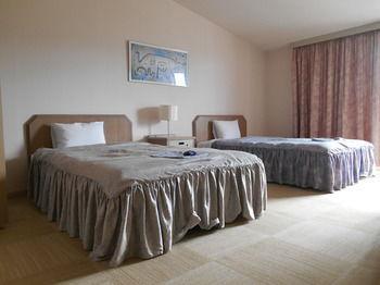 Yufuin Kinrinko Hotel