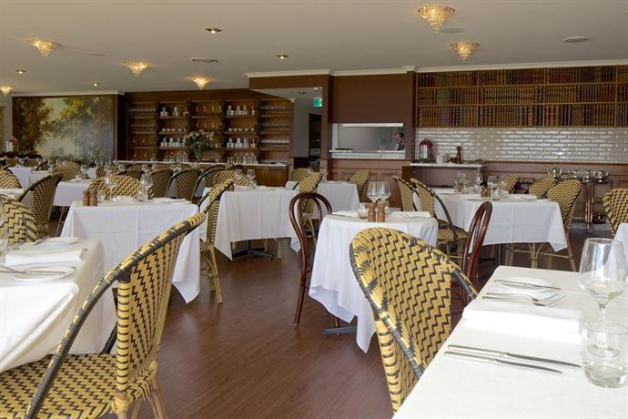 Riversdale estate cottages hobart compare deals for Best private dining rooms hobart
